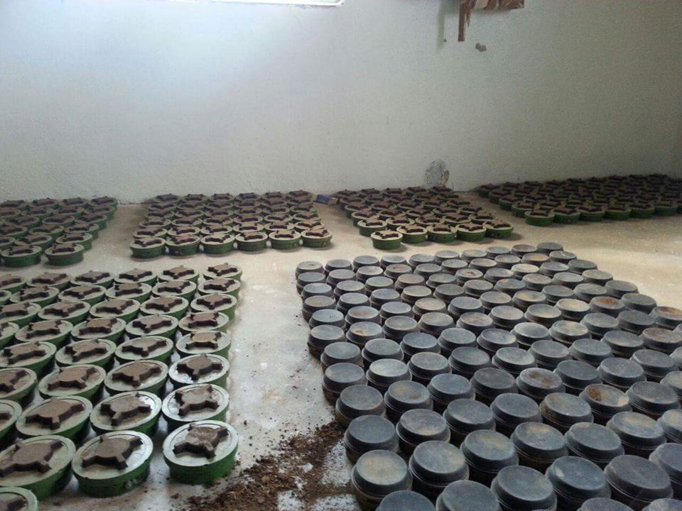 151001 PMN-4 mines in Syria